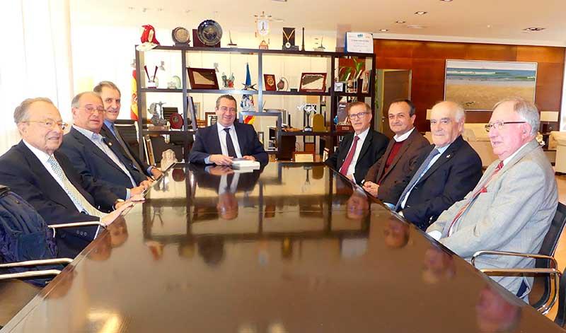 L'alcalde de Benidorm rebé a la Junta de Govern de la RACV